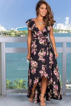 This is such a beautiful Black Rose Printed Wrap Dress! A beautiful figure flattering maxi dress that features a stunning floral print! The perfect dress for the perfect ocassion! Cute Dresses, Beautiful Dresses, Casual Dresses, Fashion Dresses, Summer Dresses, Maxi Dresses, Indian Maternity Wear, Boutique Dress Shops, Review Dresses