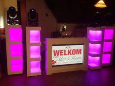 Exclusive wedding DJ Show at an international wedding with 2 extra LED pillars for a even better atmosphere  http://www.17sounds.nl/bruiloft-dj/platina-dj-show/