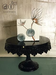 Mini cake. #waferpaper #waferpaperflower #luciasimeone #fioriostia #waferpaperflowers #weddingcake