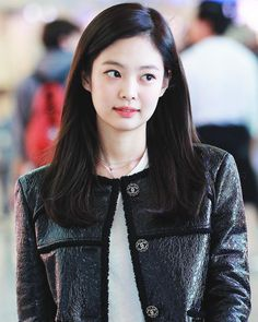 Your source of news on YG's biggest girl group, BLACKPINK! Jenny Kim, Jennie Kim Blackpink, Kim Jisoo, Blackpink Photos, Blackpink Fashion, Kpop Girls, Asian Beauty, Korean Girl, My Girl