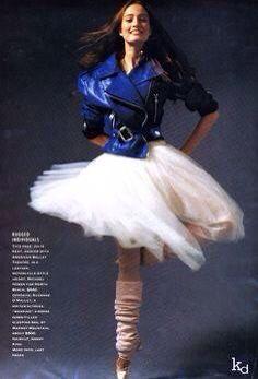 KD Legwarmers on Julie Kent (principal dancer for the American Ballet Theater) American Ballet Theatre, Ballet Theater, Julie Kent, Ballet Inspired Fashion, Ballet Dancers, Workout Wear, Tango, Ballerina, Jazz