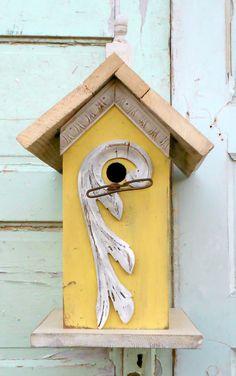 Pretty Yellow Birdhouse!