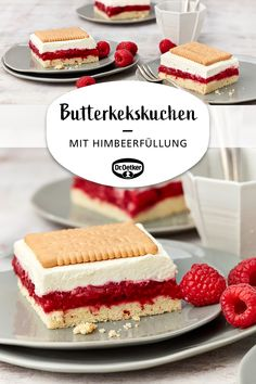 Butterkekskuchen mit Himbeerfüllung Butter biscuit cake with raspberry filling: Sheet cake with raspberry and cream topping and butter biscuits board buffet cake Easy Baking Recipes, Healthy Dessert Recipes, Easy Desserts, Cake Recipes, Sweet Recipes, Whole30 Recipes, Summer Desserts, Drink Recipes, Pasta Recipes