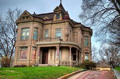 Kansas City, MO mansion... how much to build that thing today?