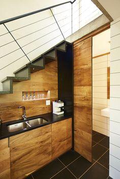 Galeria de Um Estúdio - Casa na Árvore / Phillip Lühl + Nina Maritz Architects - 8