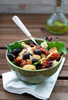 gnocchi salads - never tried this but I like gnocchi and I like salad so....