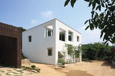 9x9 experimental house by younghan chung + studio archiholic
