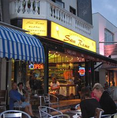 Popular Italian ice cream parlour in Zandvoort.