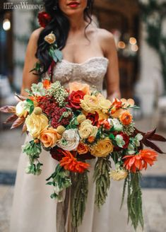 This Red, Orange and Yellow Bouquet makes for a stunning Latin Bouquet. For Spanish or Mexican Wedding Inspiration, I think these colours work really well. Orange Wedding Colors, Yellow Wedding, Floral Wedding, Summer Wedding, Autumn Wedding, Wedding Beach, Diy Wedding, Destination Wedding, Dream Wedding