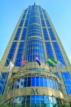 The Manhattan Hotel Rotterdam is the leading luxury 5-star hotel in the world port city of Rotterdam. Located opposite the main railway station - Rotterdam Central Station- and located in the heart of the city's main business and financial district.