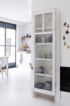 ber ideen zu schmaler schrank auf pinterest langer schmaler schrank schrank und. Black Bedroom Furniture Sets. Home Design Ideas