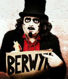 Svengoolie Sci Fi Movies, Movie Tv, Wgn Tv, Cemetery Statues, Famous Monsters, My Kind Of Town, Famous Movies, Old Tv Shows, Yesterday And Today