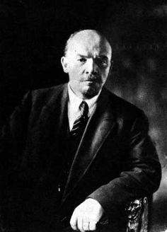 Vladimir Iljitsch Lenin - New World Encyclopedia High Society, Communism, Socialism, Wall Street, Vladimir Lenin, Russian Revolution, Political Figures, World Leaders, Famous Faces