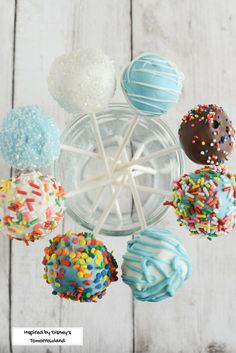 Disney's Tomorrowland encourages kids to follow their dreams! Help build confidence by doing fun and easy projects together, like these cake pops!