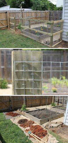 Chicken Wire Fence   DIY Backyard Ideas on a Budget   DIY Garden Fence Ideas