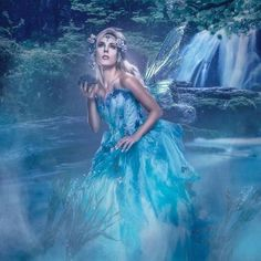 Water FaerieI'm floating down a riverOars freed from their homes long agoLying face up on the floorOf my vesselI marvel at the starsAnd feel my heart overflowFurther down the river(Incubus - Aqueous Transmission)