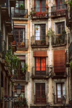 Ciutat Vella - Barcelona by José Antonio García / - Ansichten City Aesthetic, Travel Aesthetic, Beautiful Buildings, Beautiful Places, Dream Apartment, Northern Italy, New Wall, Aesthetic Pictures, Future House