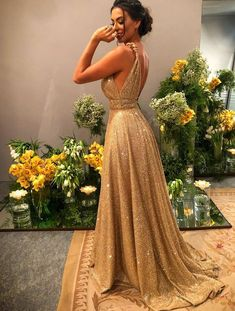 Gold Sequin Empire Prom Dress Long 2020 Sweep Train - - Source by josefinaboschotamendi Beige Prom Dresses, Maroon Prom Dress, Glitter Prom Dresses, Velvet Bridesmaid Dresses, Backless Prom Dresses, Split Prom Dresses, Sexy Dresses, Ball Gowns Prom, Ball Dresses