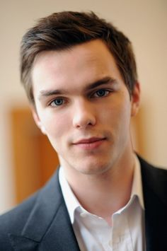 who would've thought he'd turn out this beautiful. Nicholas Hoult.