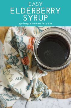 Easy homemade elderberry syrup - Elderberries are extremely high in antioxidants and help boost the immune system. Use them to make homemade elderbrry syrup to help with allergies and more. #elderberrysyrup Herbal Remedies, Natural Remedies, Get Healthy, Healthy Recipes, Healthy Food, Make Apple Cider Vinegar, Making Iced Tea, Elderberry Syrup, Healthy Peanut Butter