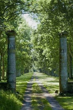 Rustic driveway in Normandy ~ France Parks, Driveway Entrance, Grand Entrance, Stone Columns, Garden Gates, Dream Garden, Pathways, Landscape Architecture, Garden Inspiration