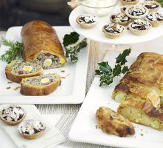 Garland Sausage Roll Slice ~ Quails Eggs, Cumberland Sausage, Onion, Bramley Apple, Ham & All-Butter Puff Pastry. Christmas Buffet, Christmas Cooking, Christmas Recipes, Cumberland Sausage, Butter Puff Pastry, Quinoa Bites, Bbc Good Food Recipes, Dinner Recipes, Mini Appetizers