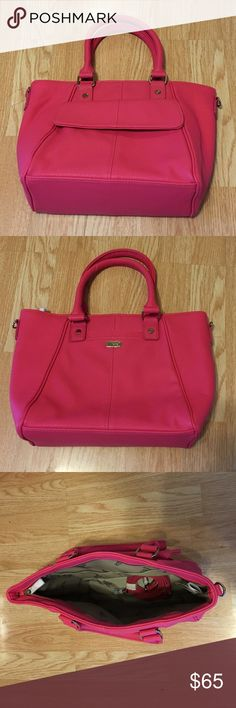 Thirty-One Mini Diamond District Bag See last pic. Thirty-One Bags Shoulder Bags