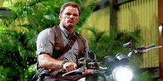 Chris Pratt Jurassic World Jurassic World Cast, Jurassic World 2015, Jurassic Park Film, Jurassic World Dinosaurs, The Best Films, Latest Movies, Chris Pratt Wanted, World Movies, Chris Martin