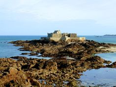 ★ BF-Tony™ ★ @BFMunchkin @BrittanyFerries Le Fort National off the Walled Town of St Malo! #DiscoverWithBF