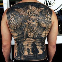 Samurai backpiece by Josh Kuhne - https://instagram.com/b52_tattoo/