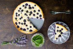 Recept: Borůvkový koláč s ricottovým sýrem | Vím, co jím