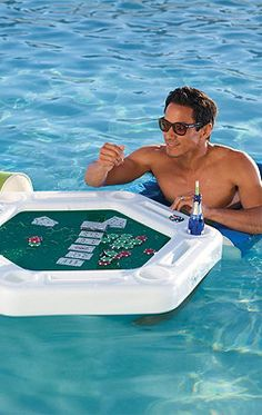 Place your bets without ever letting them see you sweat! Our exclusive floating poker table is perfect for a pool party and arrives with a deck of waterproof cards and 100 waterproof plastic poker chips.