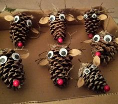 Reindeer Pinecone Christmas by Nora Hutson Rustic Christmas Crafts, Christmas Pine Cones, Kids Christmas Ornaments, Homemade Christmas, Holiday Crafts, Christmas Decorations, Popsicle Stick Crafts For Kids, Craft Stick Crafts, Christmas Tree Festival