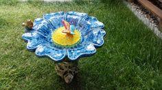 Vogeltränken - Keramik Vogeltränke in Blumenform mit Stiel - ein Designerstück von SelfmadeKeramik bei DaWanda