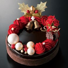 10 recommended Christmas pies at Daimaru Matsuzakaya! Christmas Candy Bar, Christmas Sweets, Christmas Baking, Christmas Pies, Christmas Cake Decorations, Holiday Cakes, Cupcakes, Beautiful Cakes, Amazing Cakes