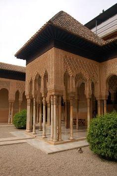 Granada, Alhambra,  Patio de los Leones.  Spain