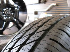 Why More People Are Renting Tires - http://uptotheminutenews.net/2013/06/14/top-news-stories/why-more-people-are-renting-tires/