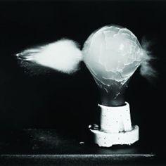 Death of a Light Bulb, 1936. Photograph/ Harold Eugene Edgerton| Better Photography