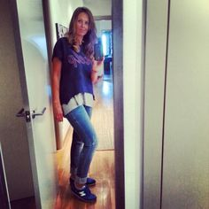 Look cómodo para patear por la ciudad. #zara #stradivarius @Onlystylebcn Onlystylebcn #fashion #style #stylish #love #TagsForLikes #me #cute #photooftheday #nails #hair #beauty #beautiful #instagood #pretty #swag #pink #girl #girls #eyes #design #model #dress #shoes #heels #styles #outfit #purse #jewelry #shopping #glam