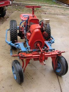 Have These Standard Twin Pictures Been Seen Here? - Walk Behind Garden Tractor Forum - GTtalk Small Tractors, Compact Tractors, Old Tractors, Small Garden Tools, Garden Tool Set, Gardening Tools, Motorized Big Wheel, Garden Tractor Attachments, Homemade Tractor