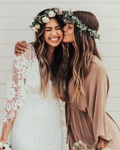 For the women of style, substance & passion. Grace Loves Lace is an Australian brand specialising in unique, luxurious & comfortable wedding dresses. Wedding Goals, Wedding Pics, Wedding Styles, Wedding Dresses, Sister Wedding Pictures, Sister Pictures, Trendy Wedding, Boho Bridesmaid Dresses, Bride And Bridesmaid Pictures