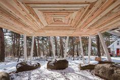 maison sur pilotis en bois et architecture moderne en images