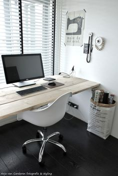 Black, white & wood office!