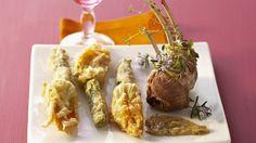 Rezept: Lammkotelett mit Zucchiniblüten in Tempurateig