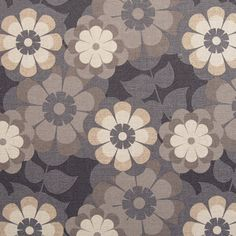 Diseño de flores en este papel pintado de la colección Imagine de Grupo Parati