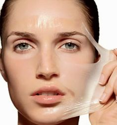 Egg white helps to tighten the skin and shrink large pores. This mask will leave your skin glowing and firm. To make this egg white mask for oily skin, you'll need only a couple of ingredients. Oily Skin Treatment, Skin Treatments, Home Remedies For Acne, Acne Remedies, Natural Remedies, Skin Tips, Skin Care Tips, Egg White Mask, Mask For Oily Skin