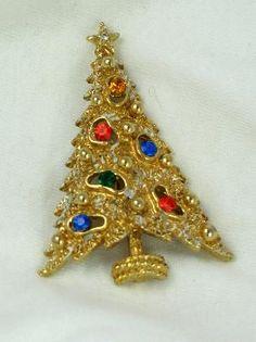 Glorious signed ART Christmas Tree Brooch