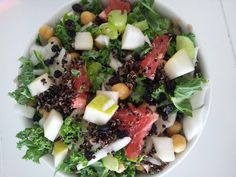 Grapefruit, kale, pear, chickpea, dried currants, fennel, celery and quinoa