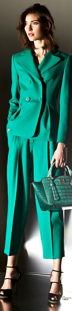 Fabulous emerald green suit. Escada, Fall 2014. #officewear. #summer. via #thedailystyle.