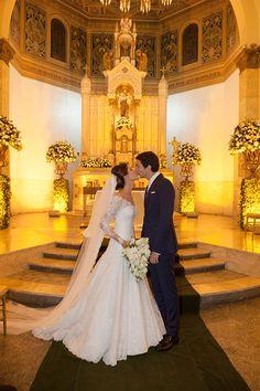 Beatriz Rodrigues e Fabio Tognola tiveram um casamento clássico em São Paulo, com fotos de Flávia Vitória. A noiva usou vestido Wanda Borges.
